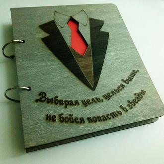 """Деревянный блокнот """"Костюм с галстуком"""" (на кольцах с ручкой), ежедневник из дерева"""