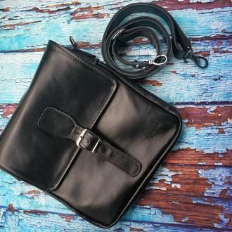Крутая сумка-мессенжер через плечо из натуральной кожи TARWA 0023