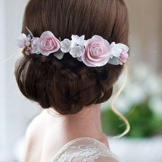 Гребень с пудровыми розами и белыми маленькими цветами в прическу / Свадебный гребешок для волос