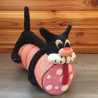 Кот на колбасе