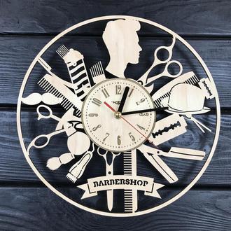 Настенные часы с деревянным циферблатом «Мужской стилист»