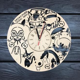 Часы настенные из натурального дерева «Studio Ghibli»