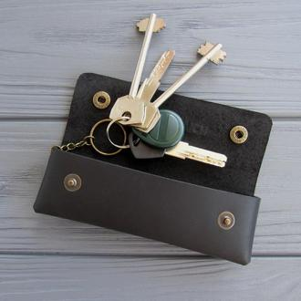 Кожаная ключница на кнопке_ключница для длинных ключей_черный