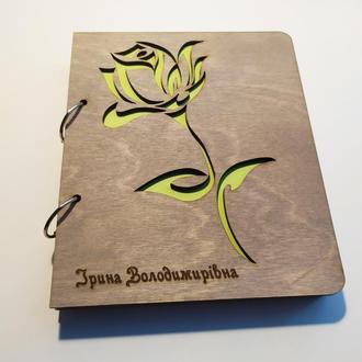 """Деревянный блокнот А5 """"Роза"""" (на кольцах с ручкой), ФИО может быть любое, ежедневник из дерева"""