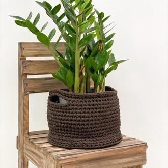 Корзинка-бочонок из вторсырья с деревянным дном