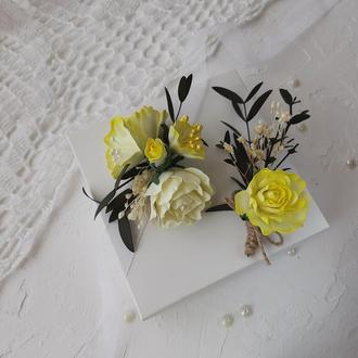 Набор свадебный бутоньерка и цветочный браслет