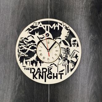 Настенные большие оригинальные часы «Тёмный рыцарь»