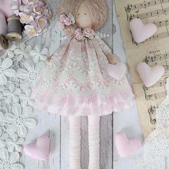 Нежная текстильная розовая кукла. Тильда
