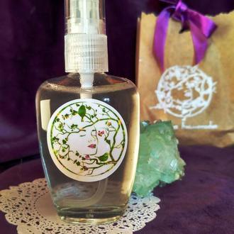 Мицеллярная вода для очищения кожи с экстрактом иланг-иланга и гиалуроновой кислотой