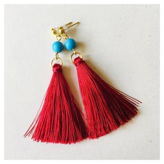 Красные серьги кисточки с бирюзой