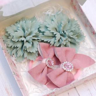 Набор украшений в мятно-розовом цвете