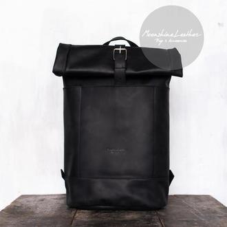 Большой кожаный рюкзак ролл топ для путешествий черного цвета