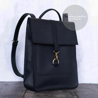 Женский рюкзак из натуральной кожи черного цвета