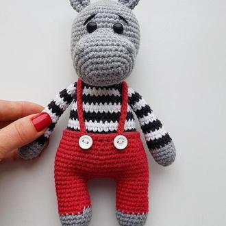 Игрушка для малыша Бегемот. Вязаная игрушка Бегемотик. Подарок на рождения.