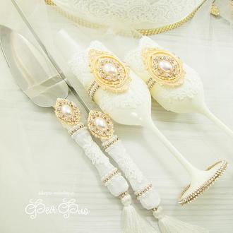Свадебные бокалы айвори / Нож с лопаткой для торта золото  / Бокали золоті / В бархате