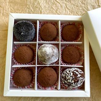 Набор полезных конфет без сахара