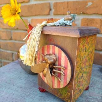 """Шкатулка """"Винтажный янтарь, цветочный мёд и пчёлы"""" ручная работа, дерево"""