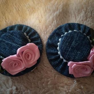 Джинсовые шляпки на заколочках