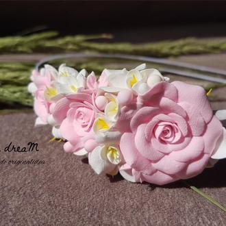 """Ободок з квітами рози та фрезії """"Rozalinda"""""""