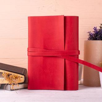 Красивая обложка для блокнота из натуральной кожи красный