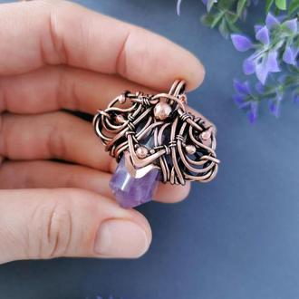 Медный кулон с кристаллом аметиста. Оригинальный подарок женщине на медную свадьбу