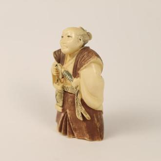 Нэцкэ человек (Япония, Япония), мужчина нэцке нэцкэ