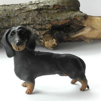 Статуэтка собака такса керамическая