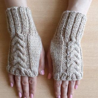 Стильные вязаные митенки перчатки без пальцев короткие - новый сезон