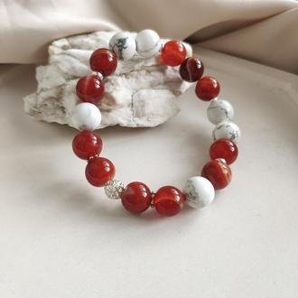 Браслет из  натуральных камней, сардоникса и говлита, Подарок для женщины
