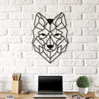 Деревянное панно в форме волка