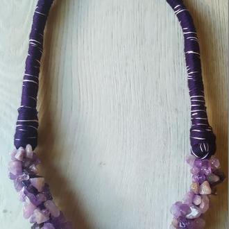 Ожерелье из натурального камня аметист