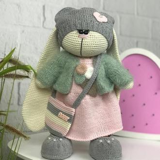 Мягкая вязанная игрушка для детей «Милый кролик»