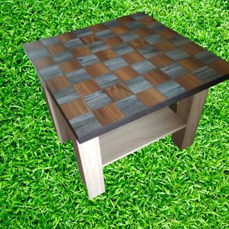 Столик шахматный,журнальный