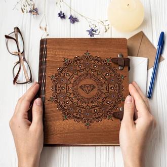Подарочный деревянный альбом-блокнот в коробке