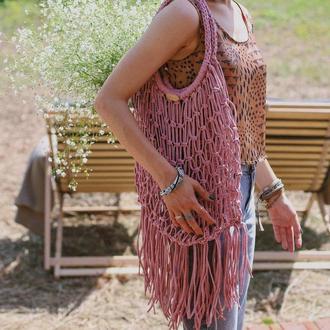 Авоська из вторичной трикотажной пряжи с бахромой