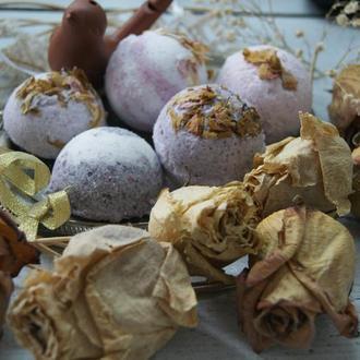 Бомбочки для ванной с лепестками роз