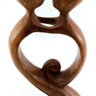 Статуэтка деревянная Влюбленные