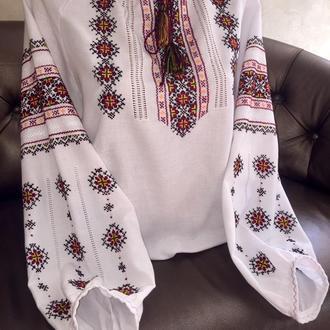 Стильная гуцульская рубашка с мережкой, вышивка от TM SavchukVyshyvka