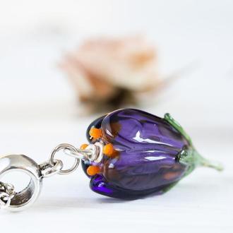 Кулон из стекла Крокус лэмпворк фиолетовый