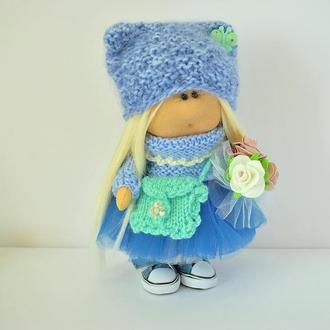 Интерьерная текстильная кукла в голубом цвете
