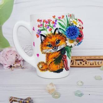 Чашка с росписью и лепкой