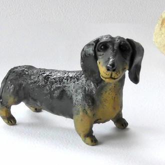 Фигурка таксы сувенир собака такса для любителя собак