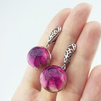 Яркие серьги с малиновыми розами Цветы и растения в смоле (модель № 2590) Glassy Flowers