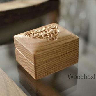 Деревянная коробочка шкатулка футляр для помолвочного кольца, украшений