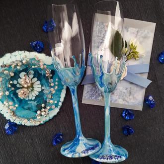 Свадебные бокалы цвета морской волны из эпоксидной смолы.Уникальные бокалы для жениха и невесты