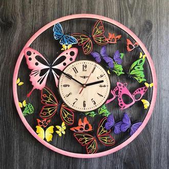 Цветные настенные часы из дерева с универсальным дизайном бабочек