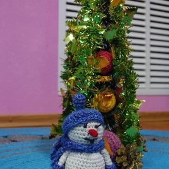 Снеговик под Елкой.Подарок на Новый Год.
