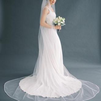 Свадебная фата с бисерной каймой