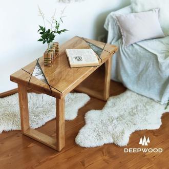 Журнальний столик з дуба, епоксидної смоли і карпатського моху