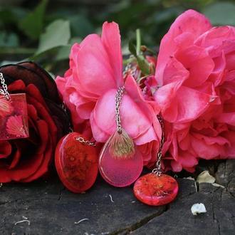 Цветочные розовые подвески с каштаном и ёлочными иголками из ювелирной смолы, розовый кулон
